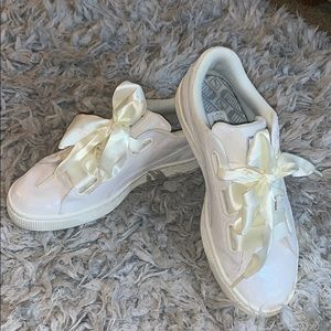 Shoes - White Puma Sneakers